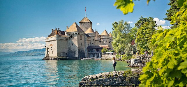 Lake Geneva & Swiss Alps Driving Tour - 4 Days - European Driving Holiday