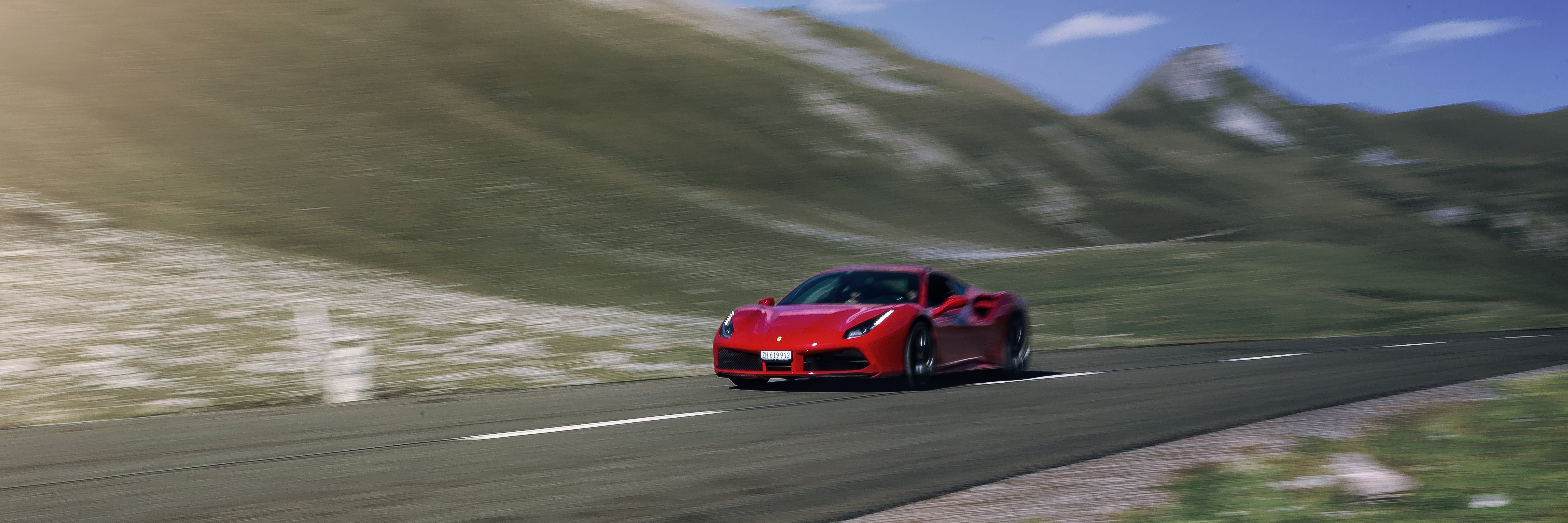 Supercar Experience - 488 on the alpine passes