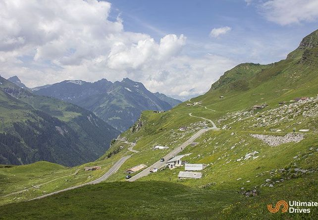 Klausen Pass / Swiss Alps - Top 10 Driving Road