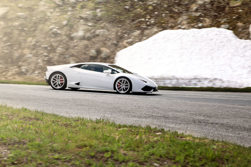 Grimsel Pass - first ascent in Lamborghini