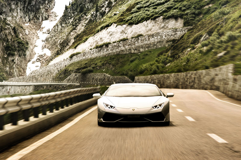 Lamborghini Attack on the Grimsel Pass